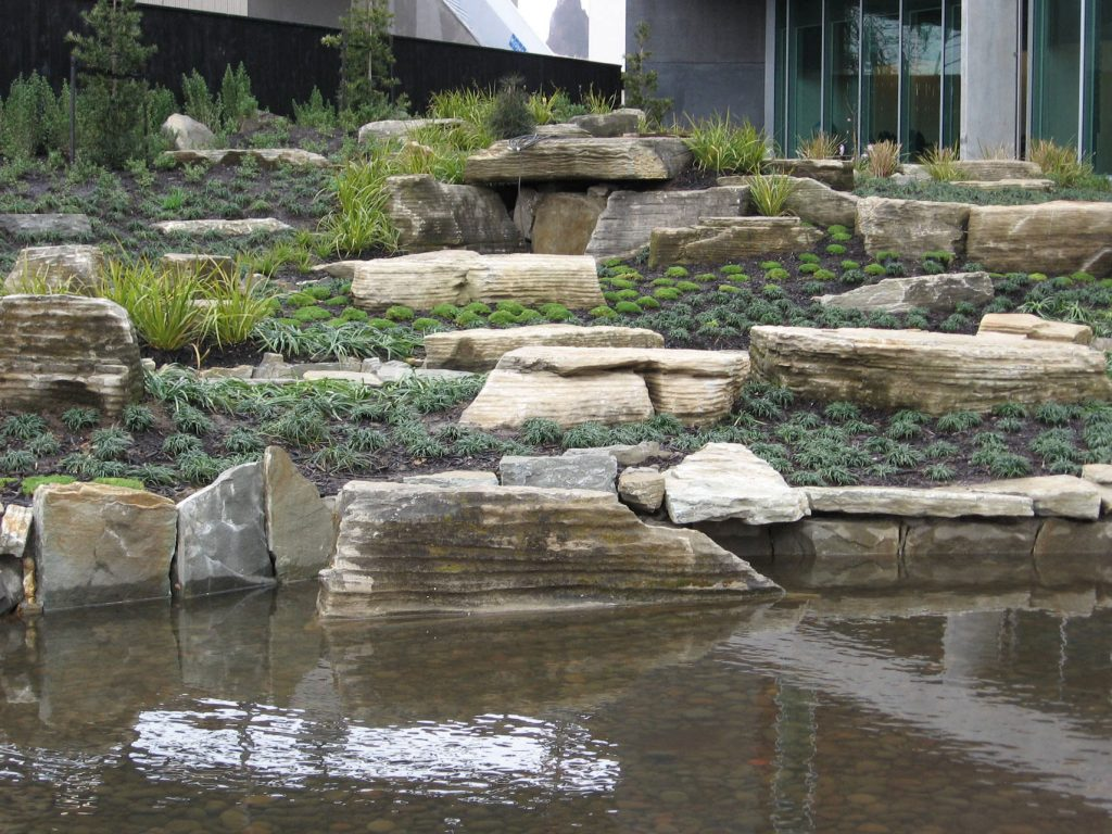 Waitakere Council Japanese Garden with Paradise Stone