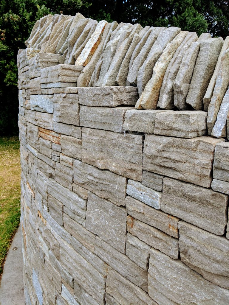 Paradise Stone Curved Walling