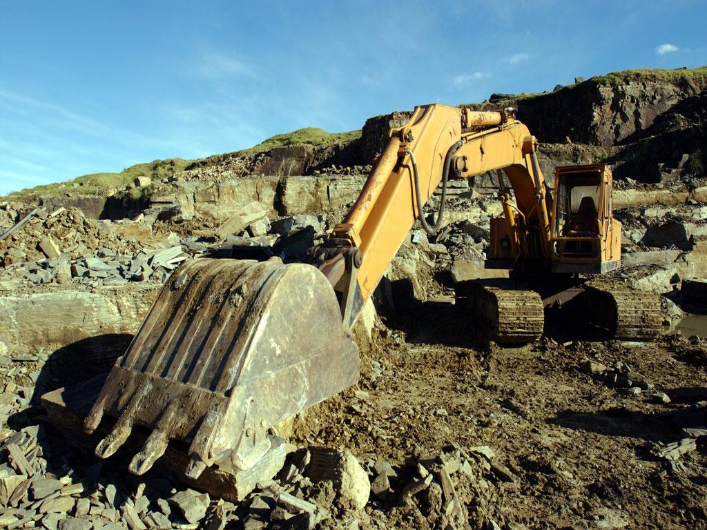 Digger at paradise quarry