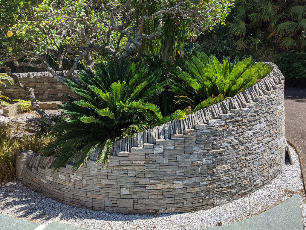 Paradise Stone used for Large Feature Curved Wall